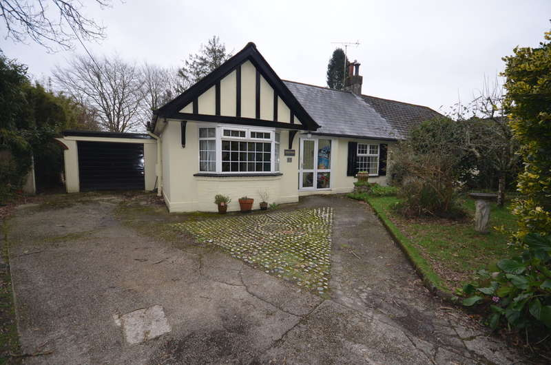 4 Bedrooms Semi Detached Bungalow for sale in 6 Old Coach Road