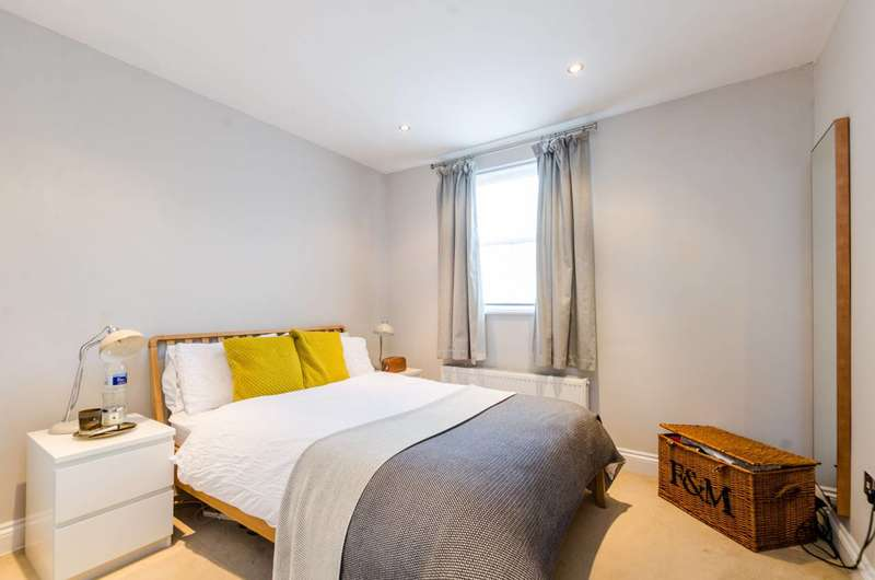 2 Bedrooms Flat for sale in Northlands Street, Brixton, SE5