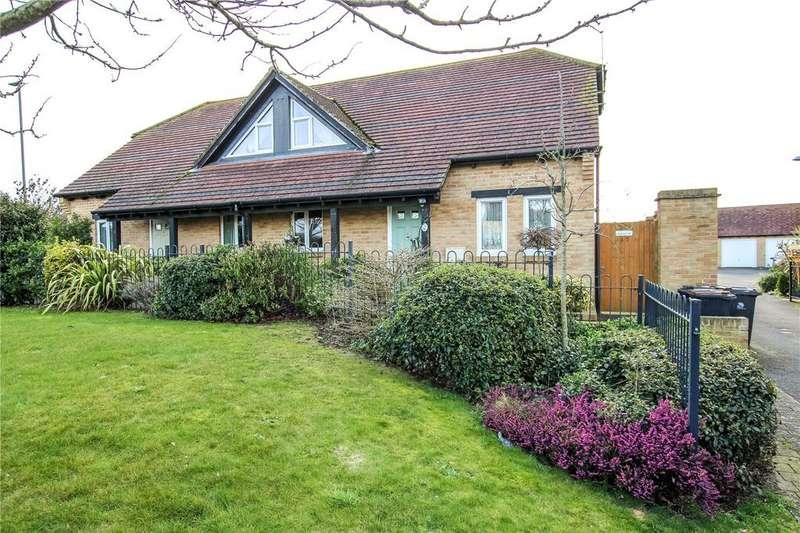 3 Bedrooms Semi Detached Bungalow for sale in Cowslip Close, Wool, Wareham, BH20