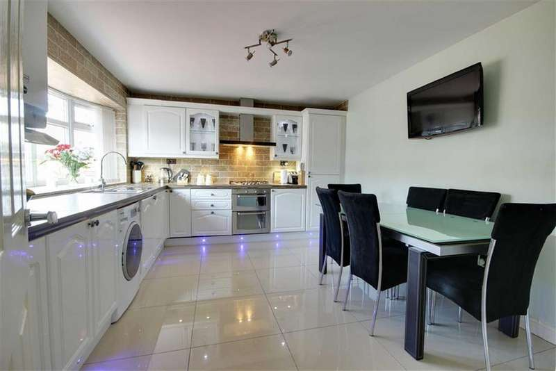 3 Bedrooms Terraced House for sale in Blyth Court, South Shields, Tyne Wear