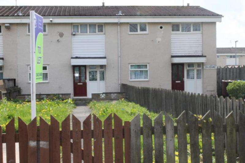 3 Bedrooms Terraced House for rent in Isledane, Hull, HU6