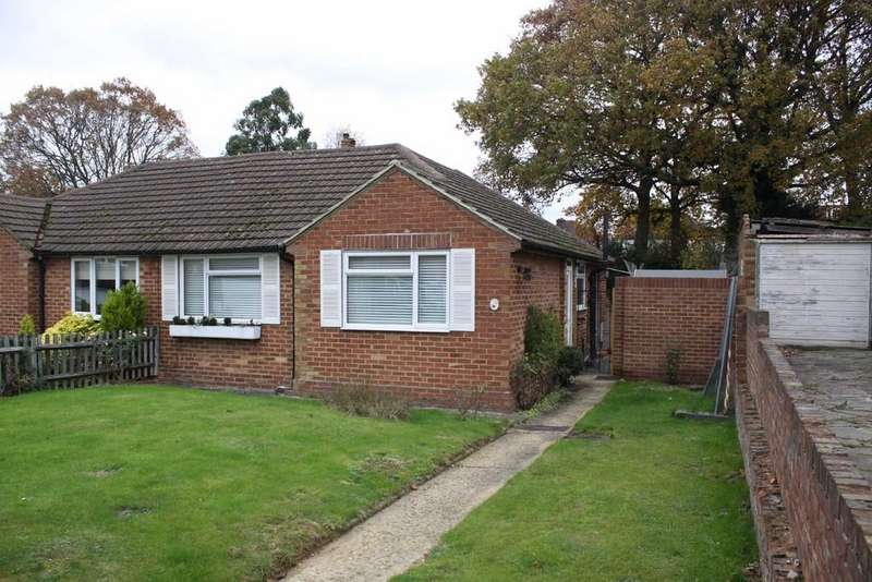2 Bedrooms Semi Detached Bungalow for sale in Rolleston Avenue, Petts Wood