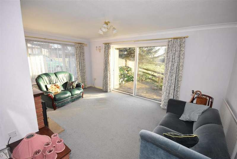2 Bedrooms Bungalow for sale in West Way, Kettering