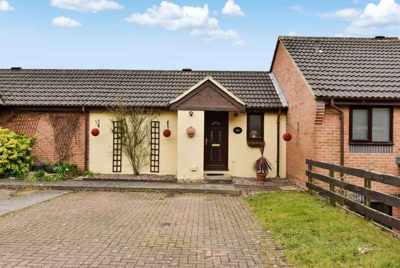 2 Bedrooms House for sale in Downley Heights, Buckinghamshire, HP13