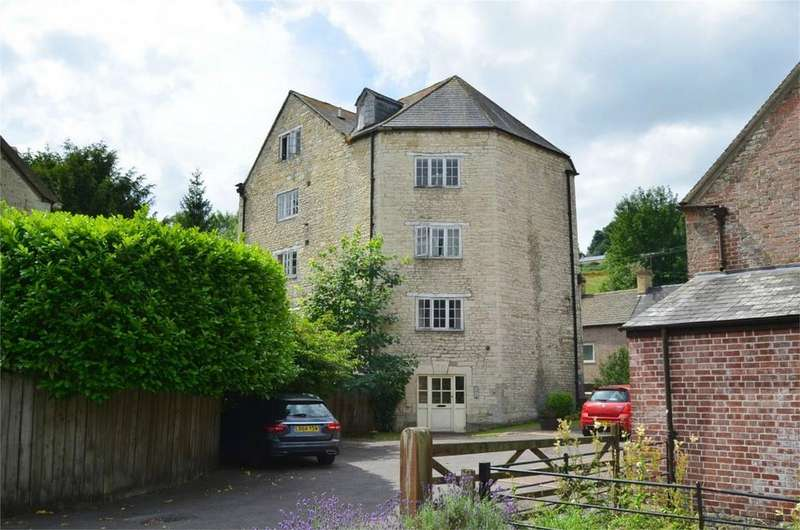 2 Bedrooms Flat for sale in Dunkirk Mills, Inchbrook, STROUD