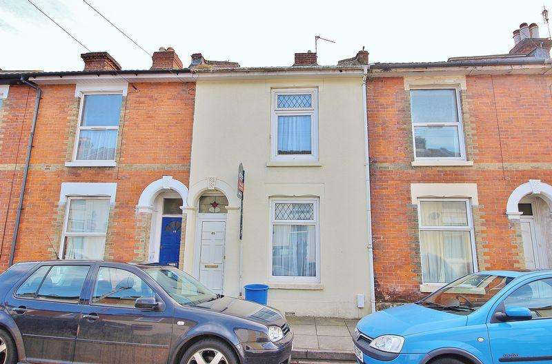 2 Bedrooms Terraced House for sale in Percy Road, Southsea