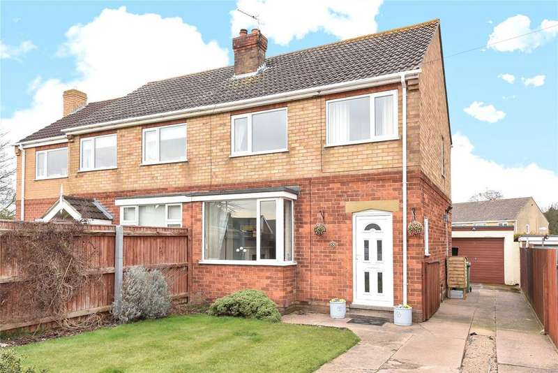3 Bedrooms Semi Detached House for sale in Keith Crescent, Laceby, DN37