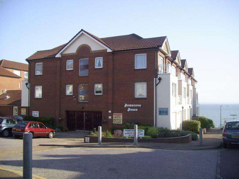 1 Bedroom Retirement Property for sale in Holland Road, Westcliff-On-Sea