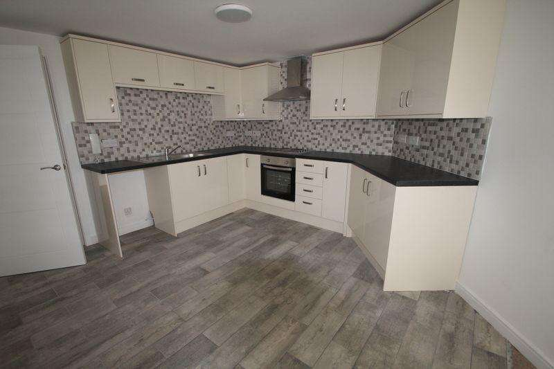2 Bedrooms Apartment Flat for rent in King Street, Dudley