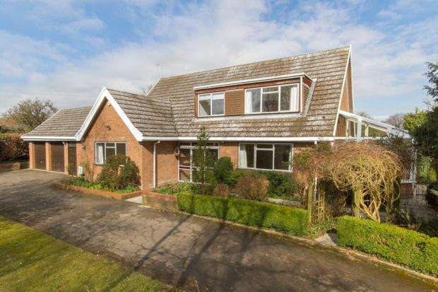 4 Bedrooms Detached House for rent in High Street, Coton, Cambridge, Cambridgeshire
