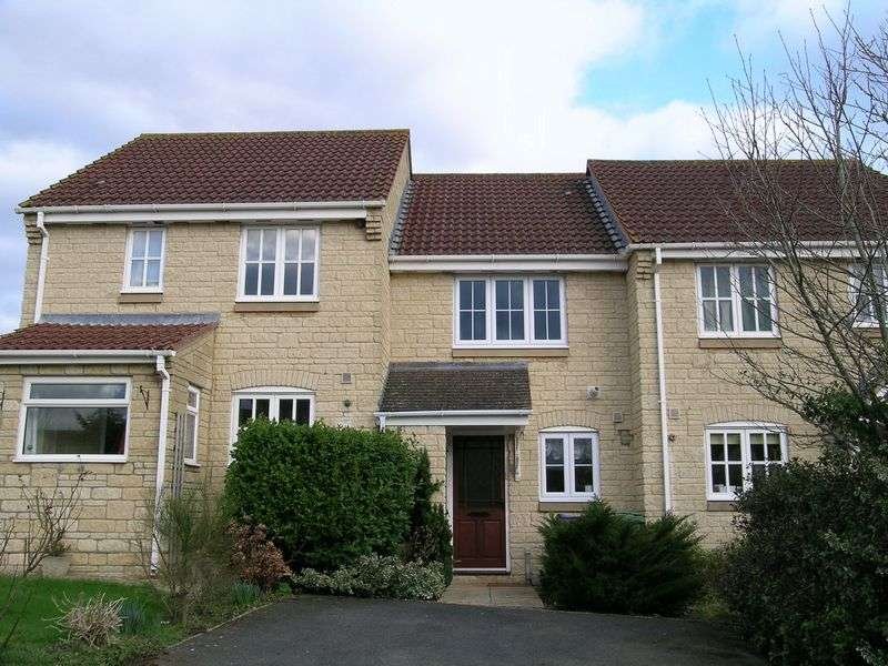 2 Bedrooms Property for rent in The Old Batch, Bradford on Avon