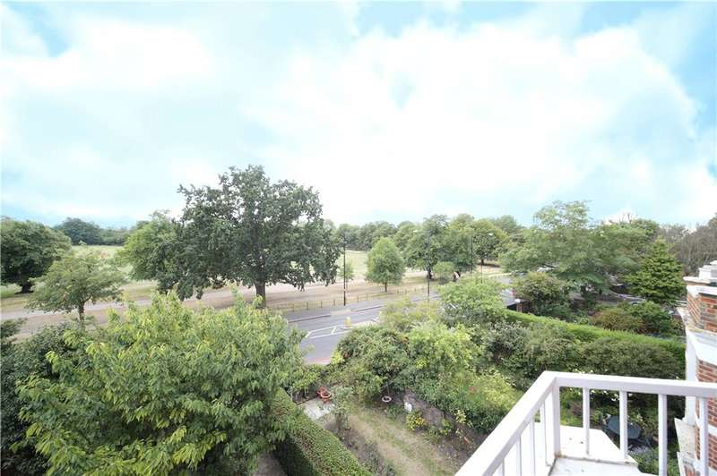 4 Bedrooms Maisonette Flat for sale in Clapham Common North Side, Clapham, London, SW4