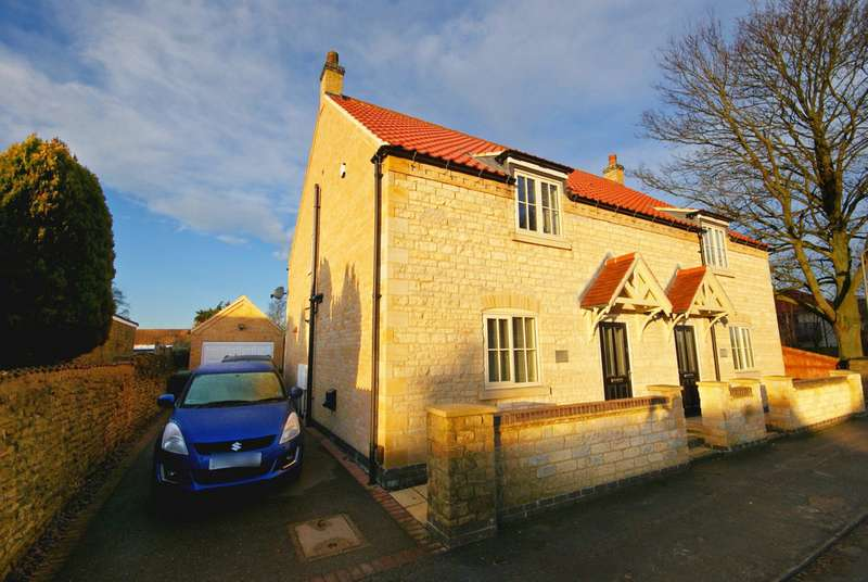 3 Bedrooms Semi Detached House for sale in Lower High Street, Waddington, Lincoln LN5