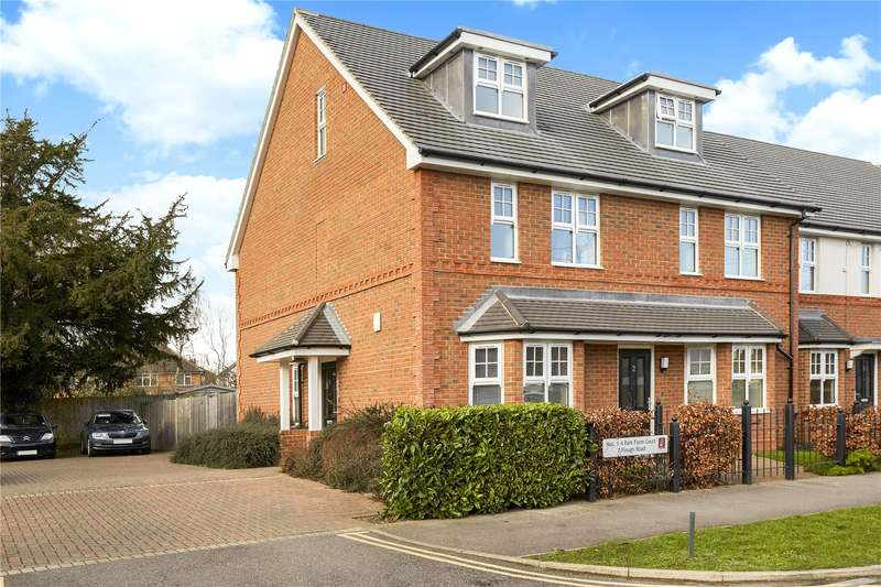 3 Bedrooms Mews House for sale in Park Farm Court, 7 Plough Road, Epsom, Surrey, KT19