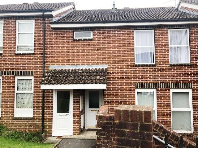 1 Bedroom Flat for sale in Lockyers Way, Lytchett Matravers, Poole