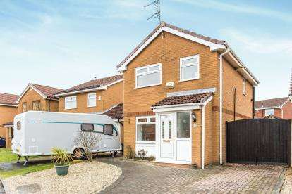3 Bedrooms Detached House for sale in Lockerbie Close, Warrington, Cheshire, WA2