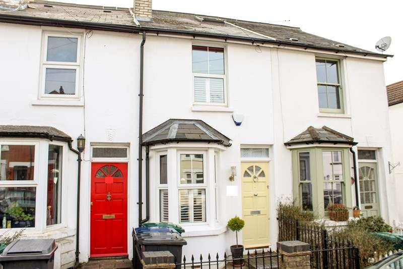 3 Bedrooms Terraced House for sale in Puller Road, High Barnet