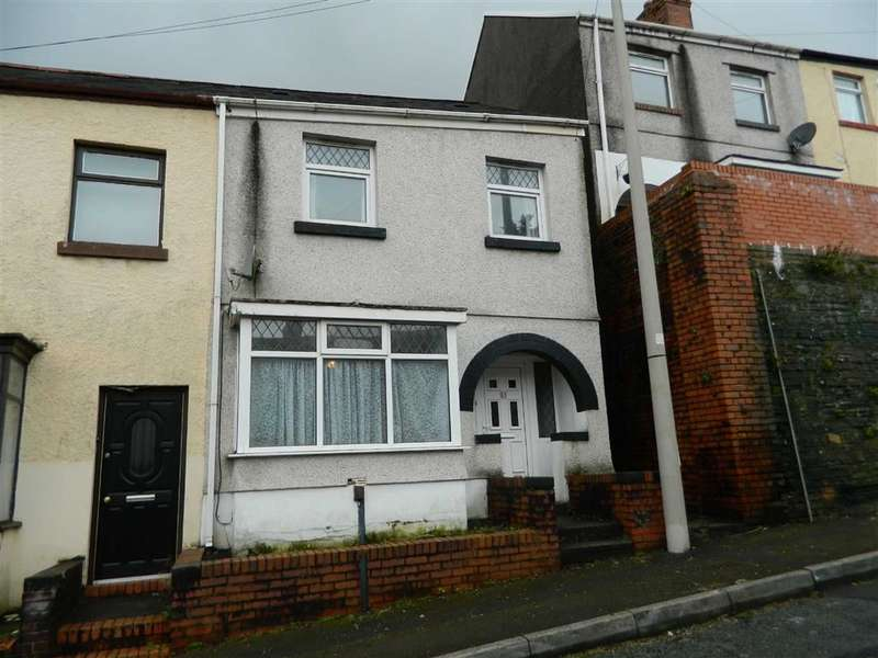 2 Bedrooms Semi Detached House for sale in Peter Street, Swansea