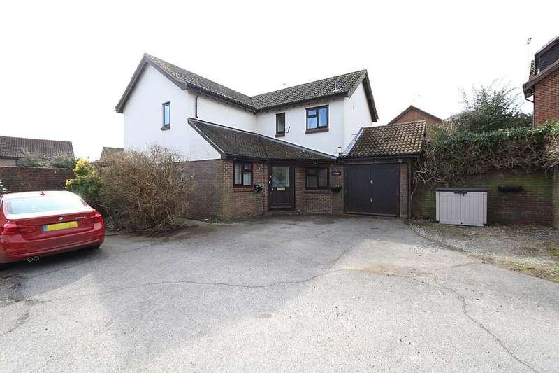 4 Bedrooms Detached House for sale in Elm Lane, Lower Earley, Reading, Berkshire, RG6 5UQ