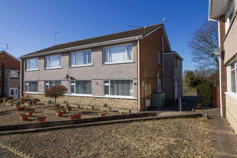 2 Bedrooms Apartment Flat for sale in Minehead Avenue, Sully