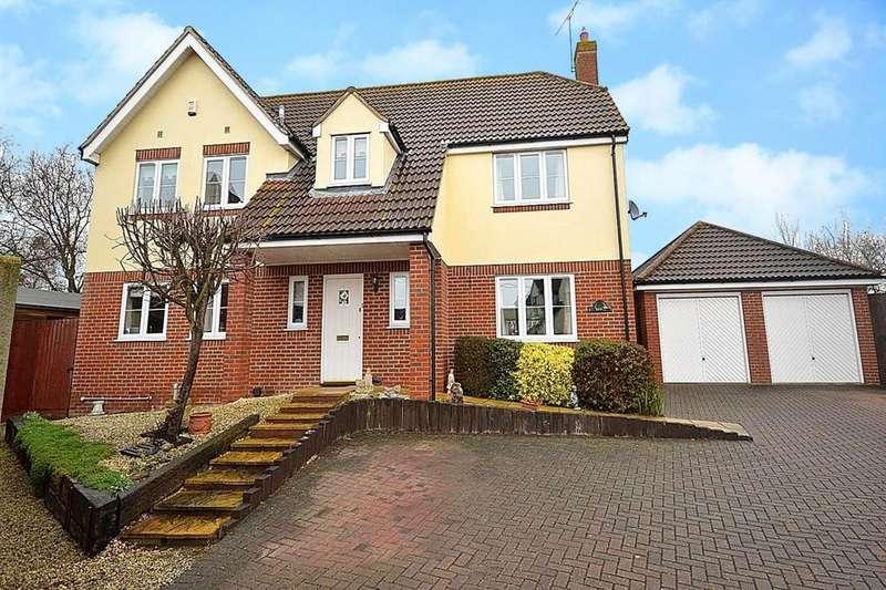 5 Bedrooms Detached House for sale in Goldhanger Road, Heybridge, Maldon, Essex, CM9