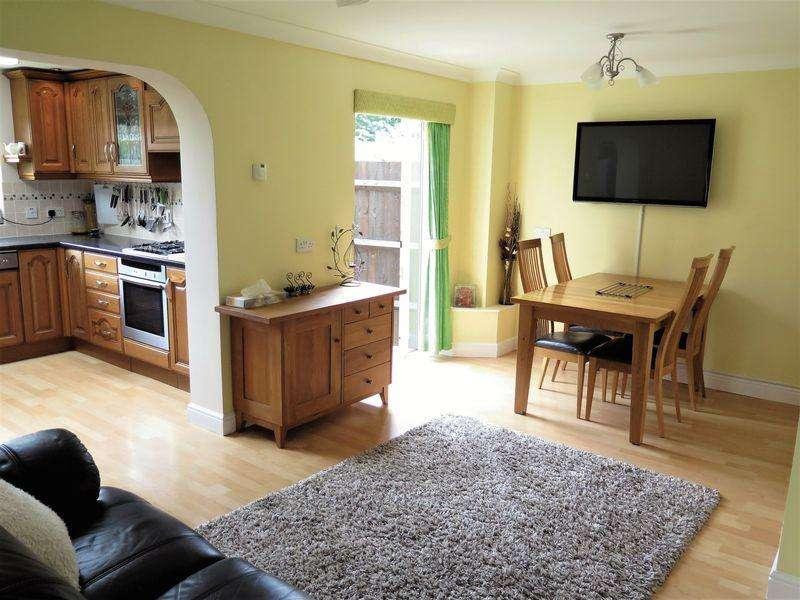 4 Bedrooms Semi Detached House for sale in Hardwick Park, Banbury