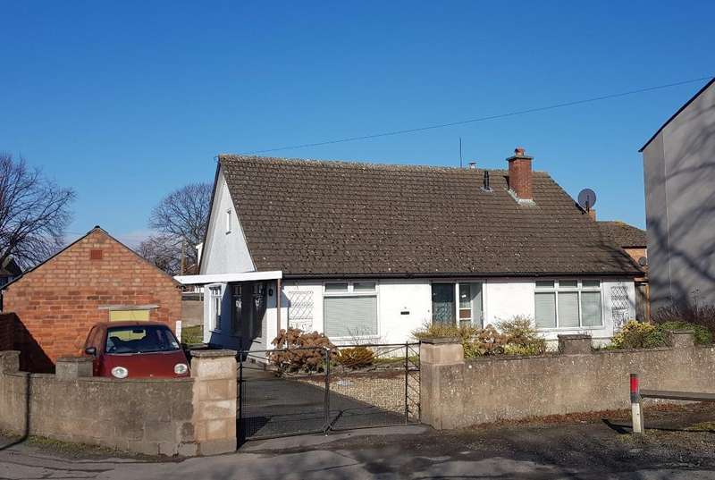 3 Bedrooms Detached Bungalow for sale in Priory Place, Hereford