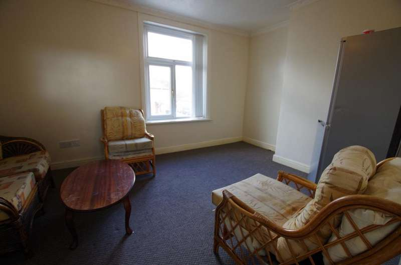 1 Bedroom Flat for rent in 969A THORNTON ROAD BRADFORD BD8 0JD