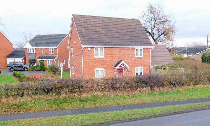 3 Bedrooms Detached House for sale in The Garthlands, Stafford