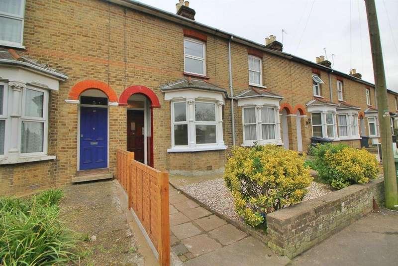 3 Bedrooms Terraced House for sale in Turnford Villas, High Road, Turnford, Herts, EN10