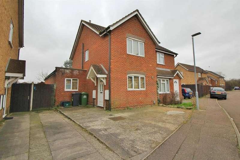 4 Bedrooms Semi Detached House for sale in Teresa Gardens, Waltham Cross, Herts, EN8