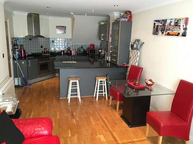 2 Bedrooms Semi Detached House for sale in Foundation Street Town Centre Ipswich