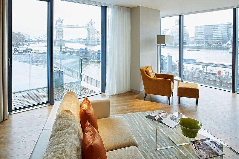 2 Bedrooms Flat for rent in Lower Thames Street, City, London, EC3R