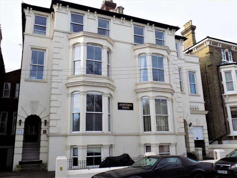 2 Bedrooms Flat for sale in Kent Road, Southsea