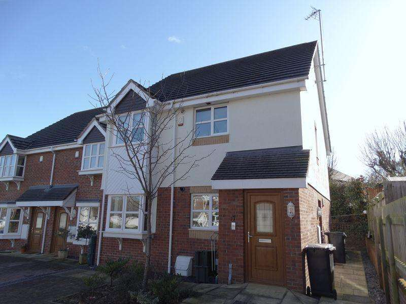 2 Bedrooms Apartment Flat for sale in The Orchard, Colwyn Bay