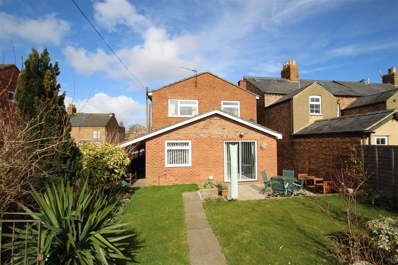 3 Bedrooms Detached House for sale in Avenue Road, Winslow