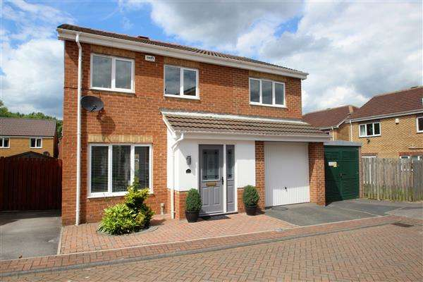 4 Bedrooms Detached House for sale in Northfield Grange, South Kirkby