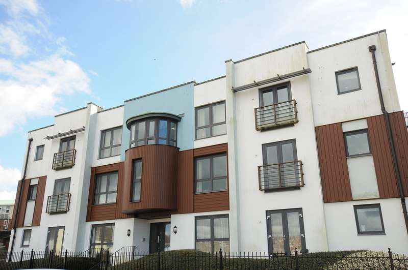 2 Bedrooms Flat for sale in Oates Road, Milehouse PL2
