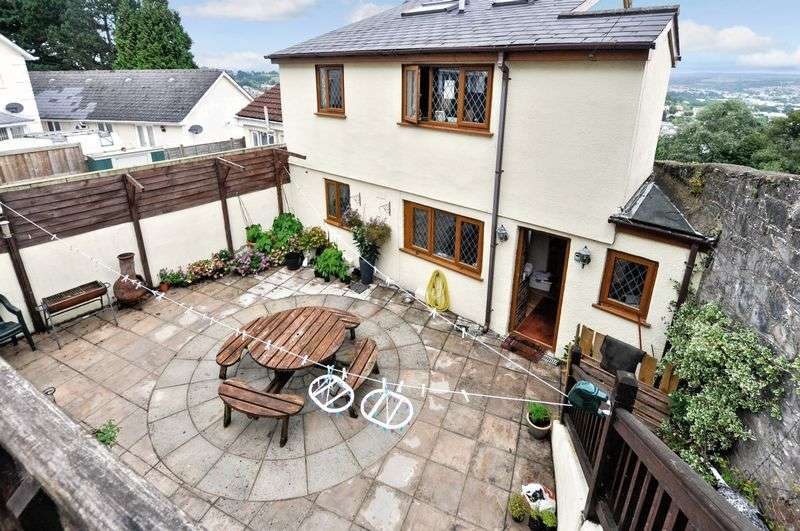 4 Bedrooms Property for sale in Powderham Road, Newton Abbot