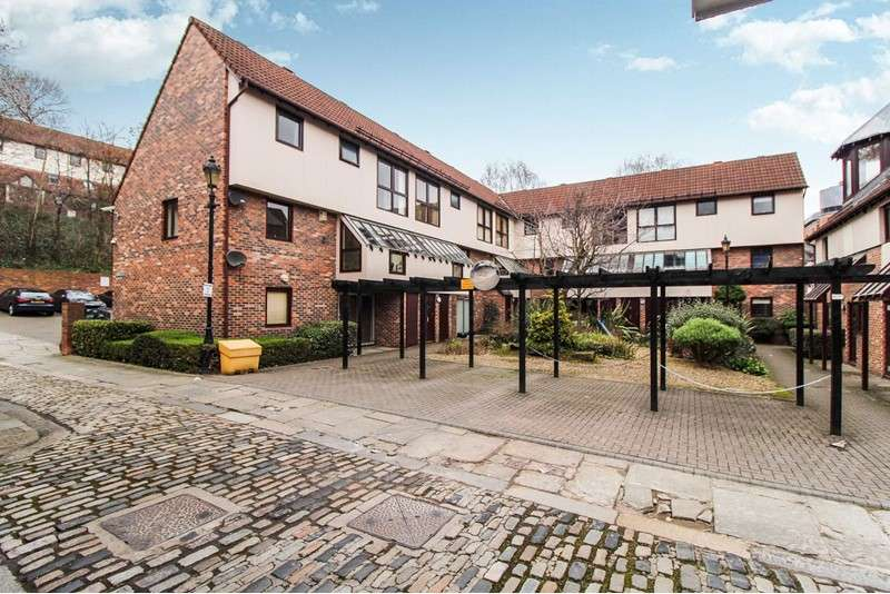 1 Bedroom Apartment Flat for sale in Broad Garth, Newcastle upon Tyne, Tyne and Wear, NE1 3HE