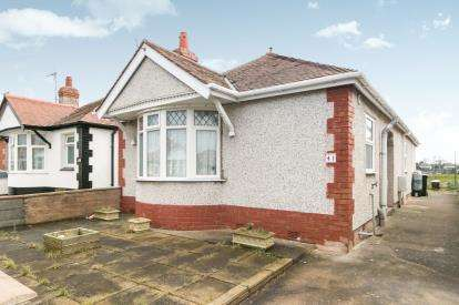 3 Bedrooms Bungalow for sale in Bridgegate Road, Rhyl, Denbighshire, LL18