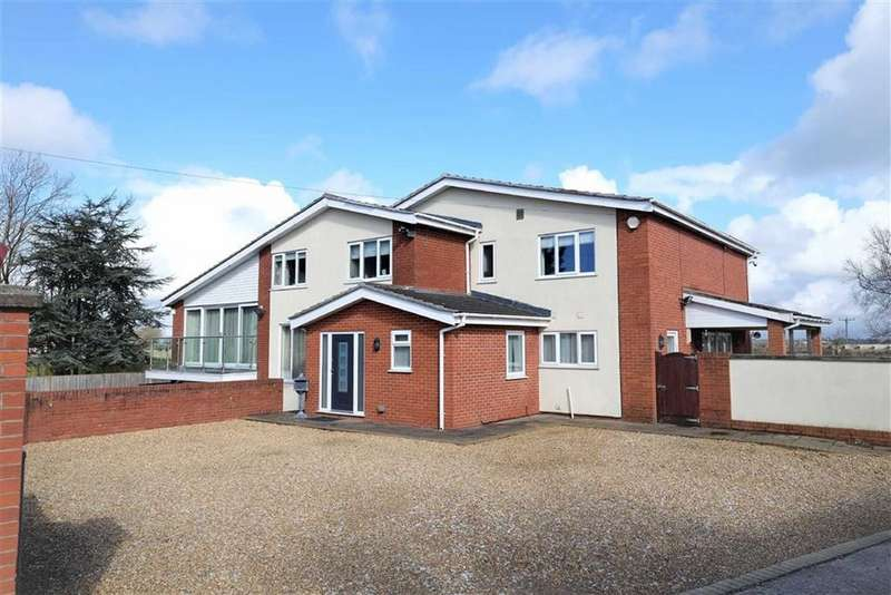 5 Bedrooms Detached House for sale in Fleetwood Road, Greenhalgh