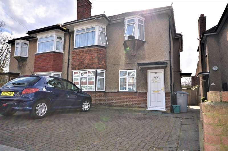 2 Bedrooms Maisonette Flat for sale in Woodgrange Avenue, Harrow, Kenton, Middlesex, HA3 0XG