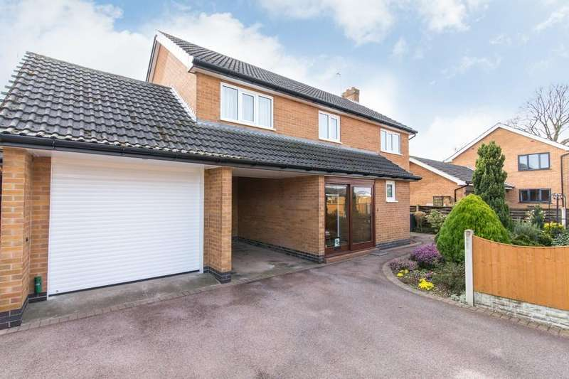 4 Bedrooms Detached House for sale in Carrfield Avenue, Toton