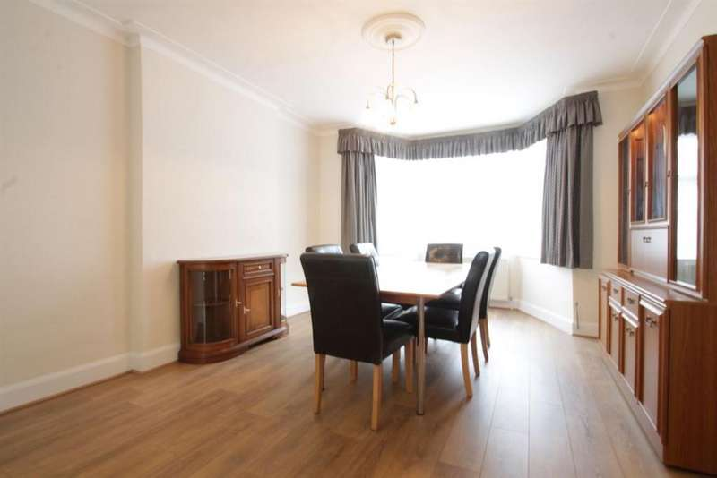 4 Bedrooms Detached House for rent in Allington Road NW4