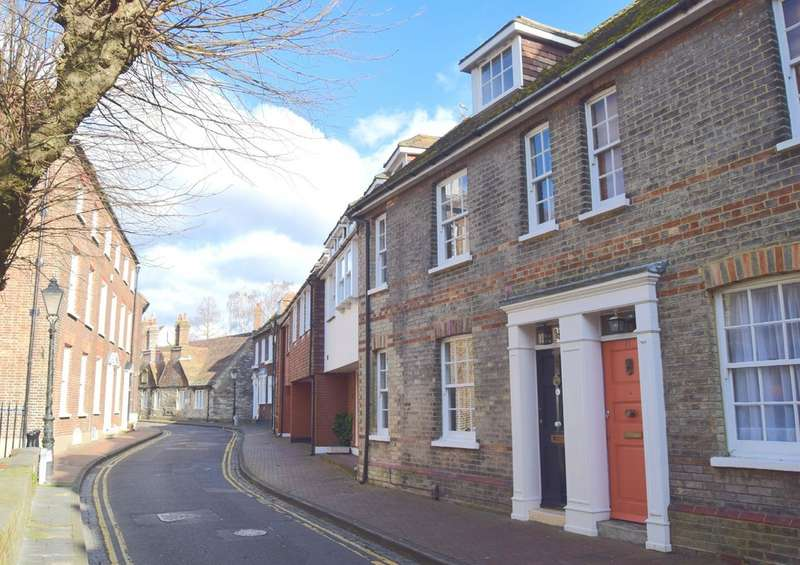 3 Bedrooms Terraced House for sale in Church Street, Old Town BH15