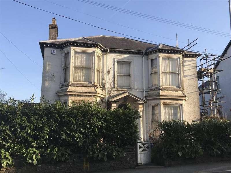 5 Bedrooms Detached House for sale in Rhosmaen Street, Llandeilo
