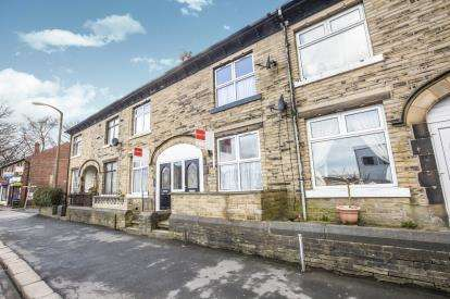 4 Bedrooms Terraced House for sale in Queens Road, Halifax, West Yorkshire