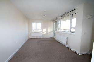 2 Bedrooms Flat for sale in Normanhurst, Grove Hill, Brighton, East Sussex