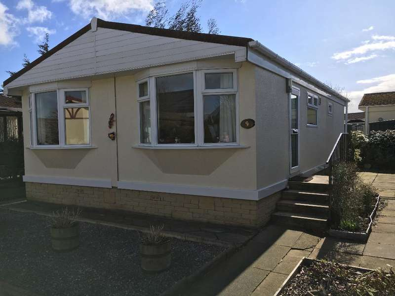 2 Bedrooms Park Home Mobile Home for sale in The Croft, Wyre Vale Park, Garstang, PR3 1PX